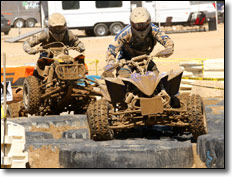 2010-rnd8-worcs-racing-08-dustin-nelson-yamaha-yfz450r-atv-leading-225