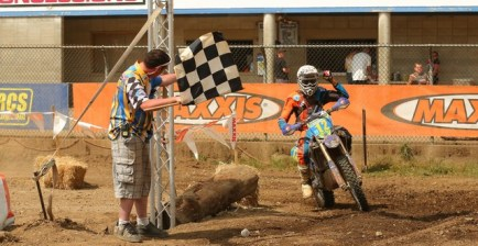 2015-07-ricky-russell-worcs-racing