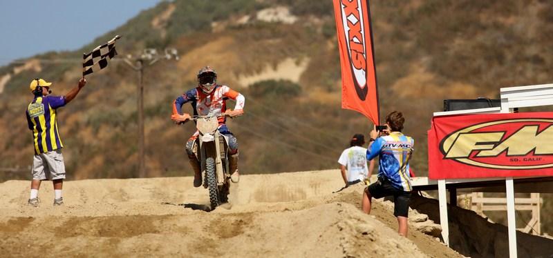 2017-10-dante-oliveira-motorcycle-worcs-racing