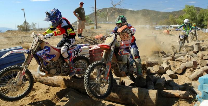 2017-10-eric-yorba-motorcycle-worcs-racing