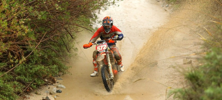 2019-02-austin-serpa-bike-worcs-racing