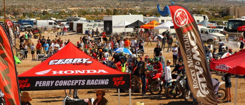 2019-03-crowd-bike-worcs-racing