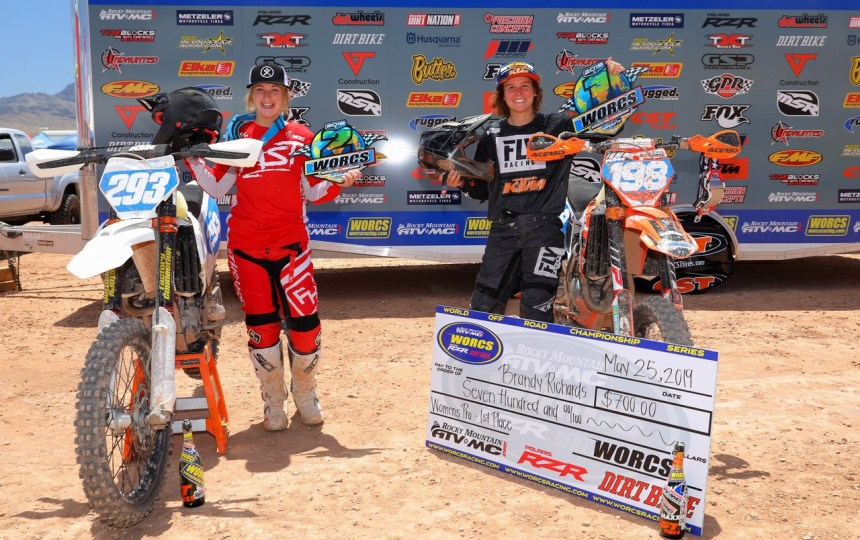 2019-06-bike-podium-women-worcs-racing