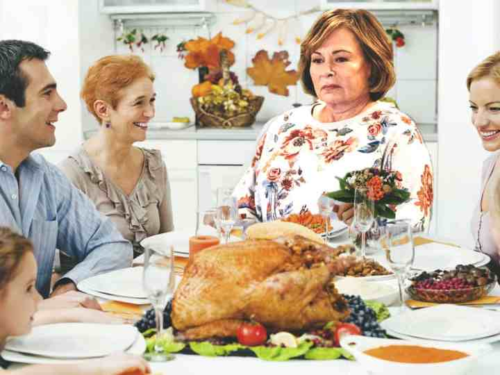 Roseanne Barr To Reprise Racist 'Character' At Thanksgivings This Week