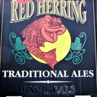 meaning and origin of 'red herring'