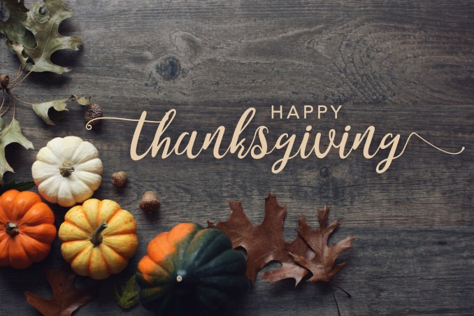 Ways to Say Happy Thanksgiving to Family and Friends