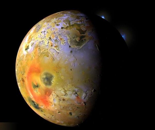 wordlessTech Jupiters moon Io from Voyager 1 Space Probe