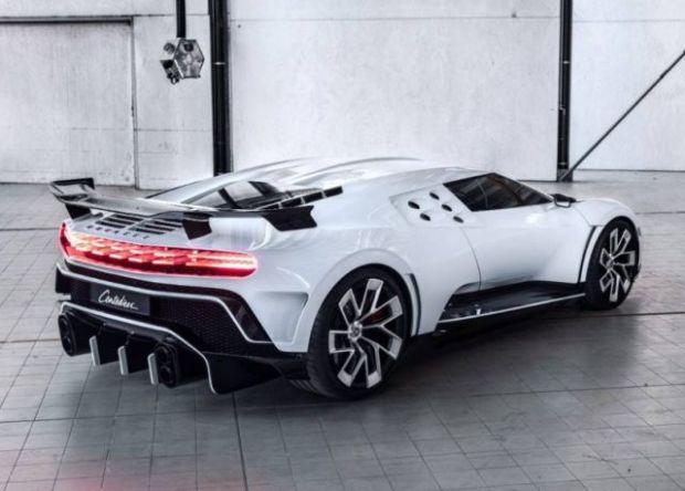 Bugatti Centodieci (12)