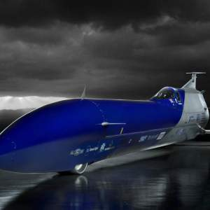 Aussie Invader 5R rocket-car to attempt land speed record