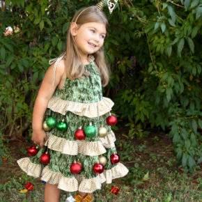 Gugatan Tahun Baru Pohon Natal 02