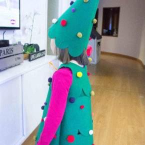 Gugatan Tahun Baru Pohon Natal 05