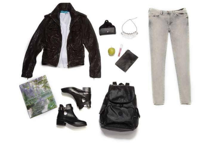 Photo: Rakuten Grey Skinny Jeans - Parasuco | Moto Jacket - G2 | Buckle Booties – SODA - Junia Crystal necklace - BlountJewels | Backpack - Royce | Sunglasses - Ray–Ban
