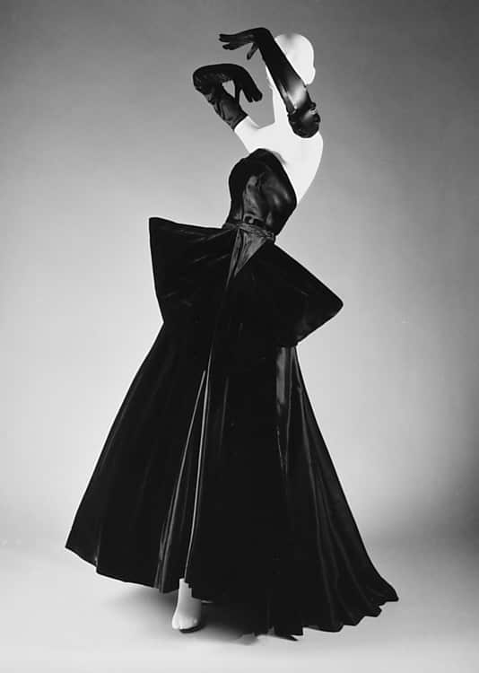 Photo: Dior, Cygne Noir (Black Swan), ca. 1949
