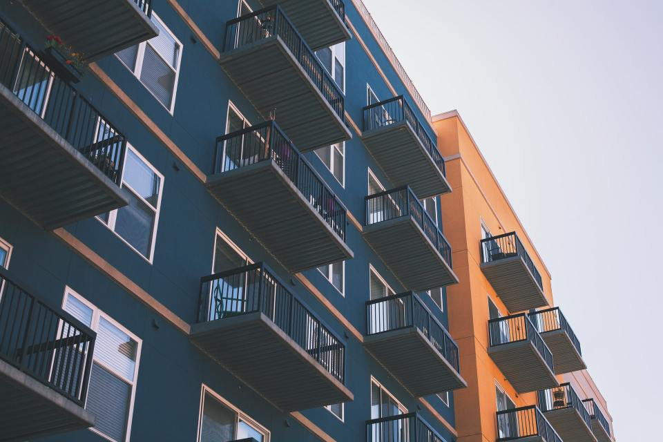 Image of apartments bought with real estate syndication