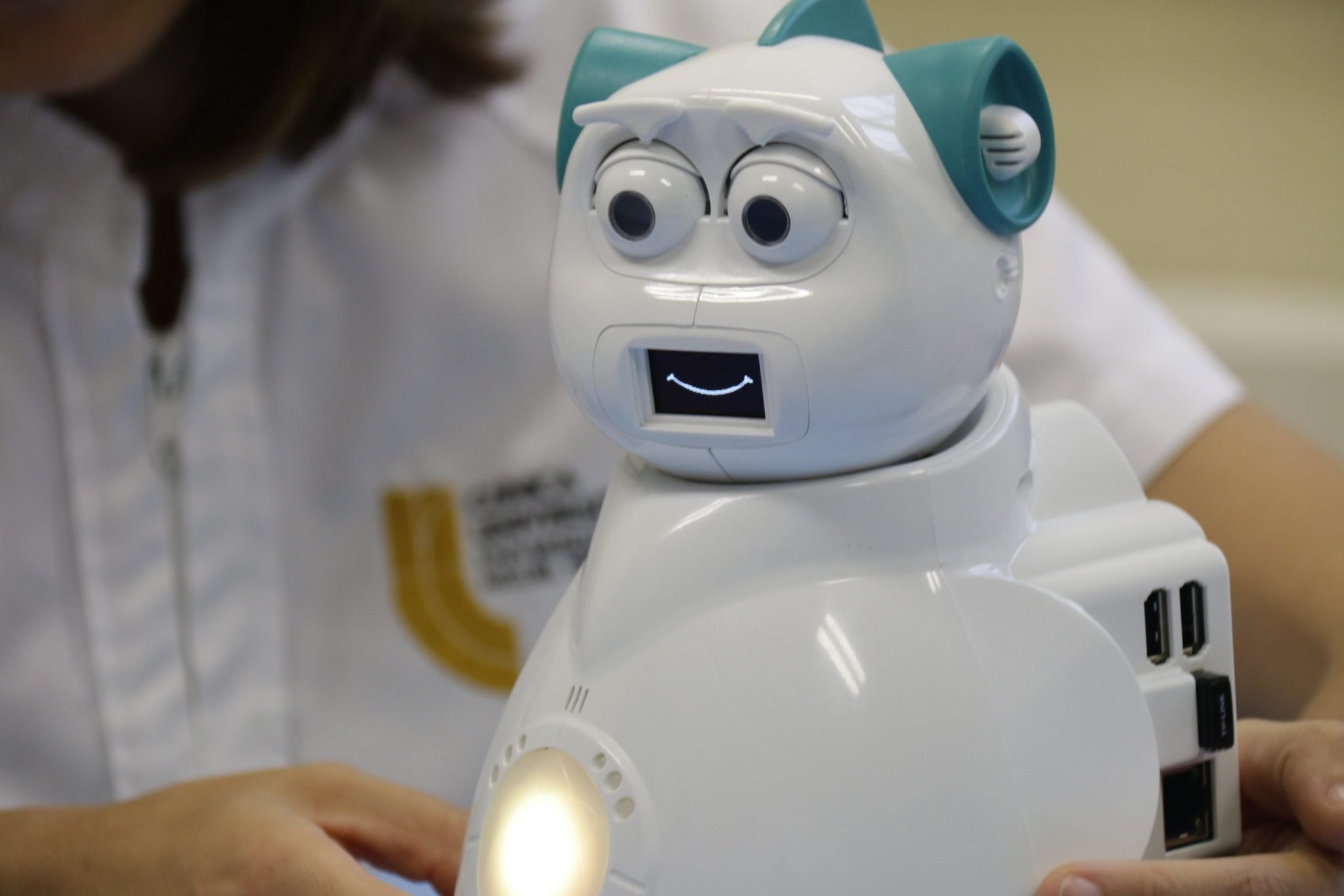 Aisoy EMO Robot for children with Autism