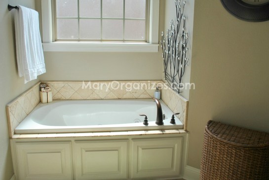 Mary Organizes Home Tour - Master Bathroom (2)