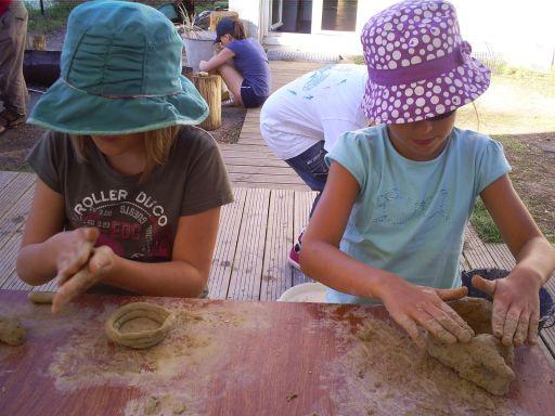 fabrication d'un vase en argile