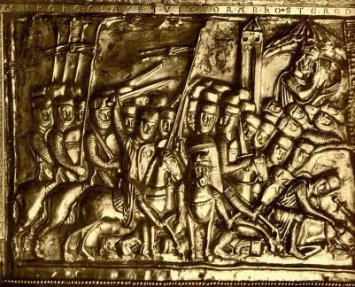 Relief de la châsse de Charlemagne