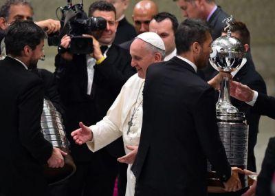 San Lorenzo apporte la Copa Libertadores à son supporteur : pape François
