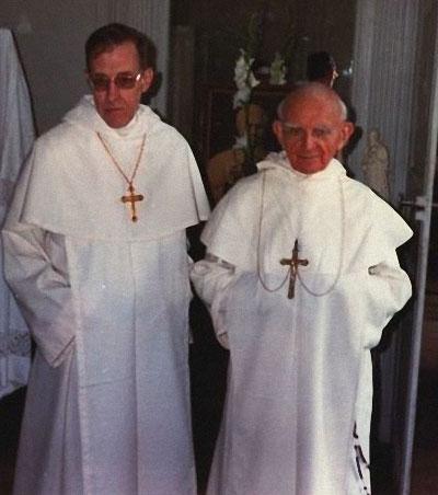 Mgr McKenna o.p. et Mgr. Guérard des Lauriers o.p.