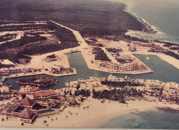 old puerto aventuras 1