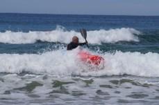 Carl surf kayaking, turn