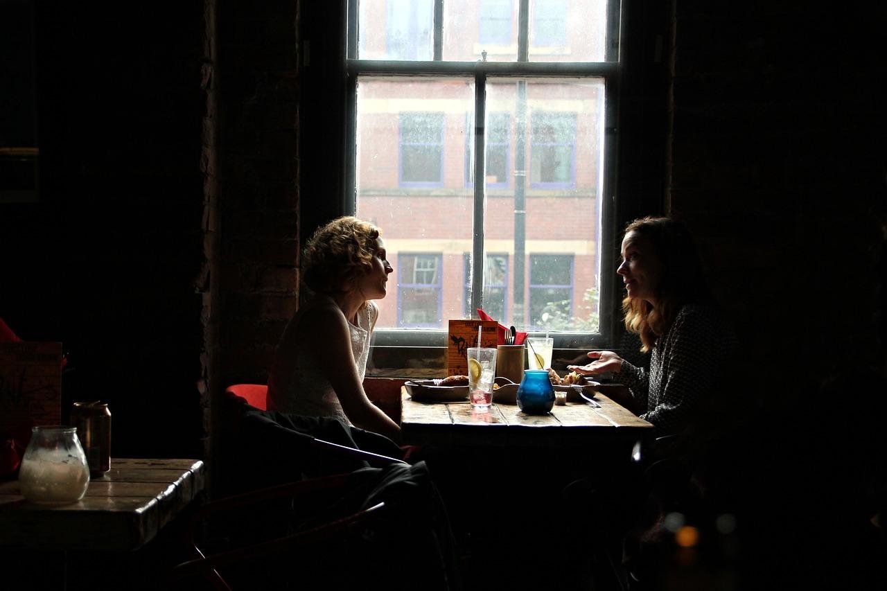 conversation, restaurant, pair
