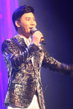 AsianShow1