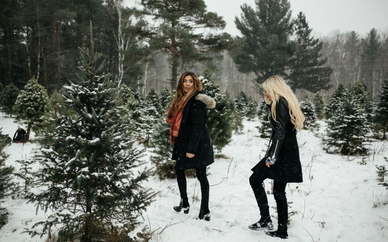 13 Winter Things to Do with Friends