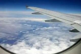 Above_floating_flying_229463_l