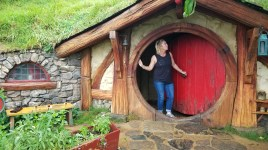 A quick visit to Hobbiton to see who I can find!