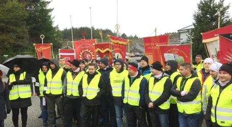 NNN on strike for rights and recognition at fish processor Norse Production