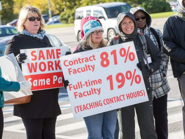 Canadian college faculty reject contract offer and call for renewed talks