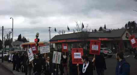 Burgerville Strike Spreads to Four Stores as Three Day Strike Ends
