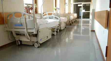 Far from ending hallway medicine, Ontario stands to lose 3,712 more hospital beds, more than 16,000 staff under Ford programs