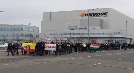 1,700 workers strike at Hankook Tire in Hungary