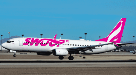CUPE files to represent flight attendants at Swoop