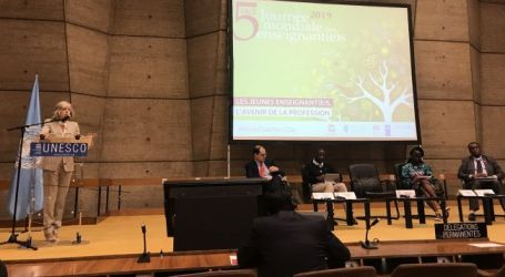 EI takes the stage at UNESCO Conference and proposes five measures to make teaching a more attractive profession
