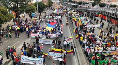 Unions in Colombia march against violence