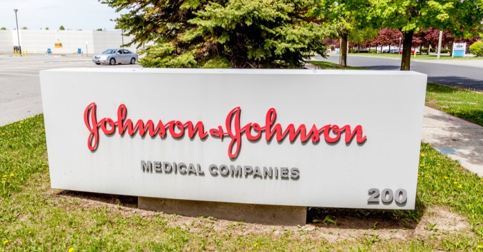 Judge orders Johnson & Johnson to pay Oklahoma $572 million for its opioid crisis role