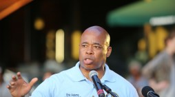 Brooklyn BP Eric Adams uses nonprofit to raise from donors