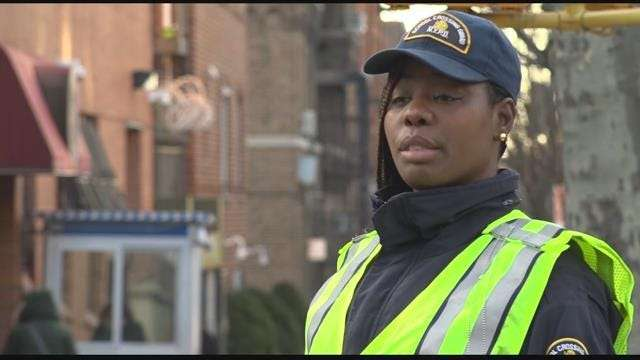 Crown Heights crossing guard brings smiles to community for 5 years