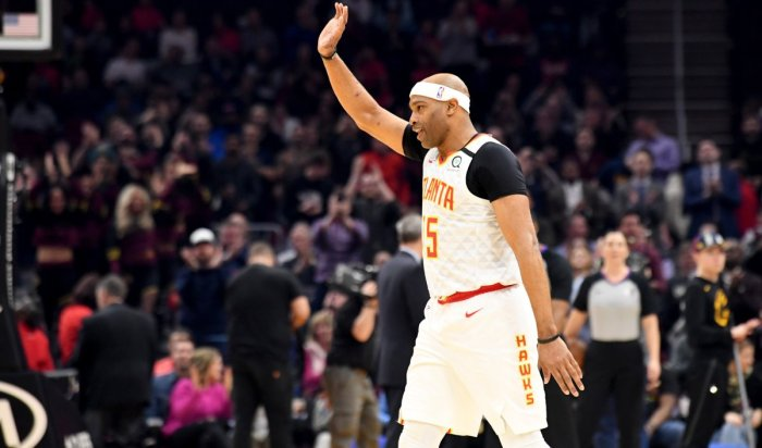 Vince Carter announces his retirement after 22 years in the NBA