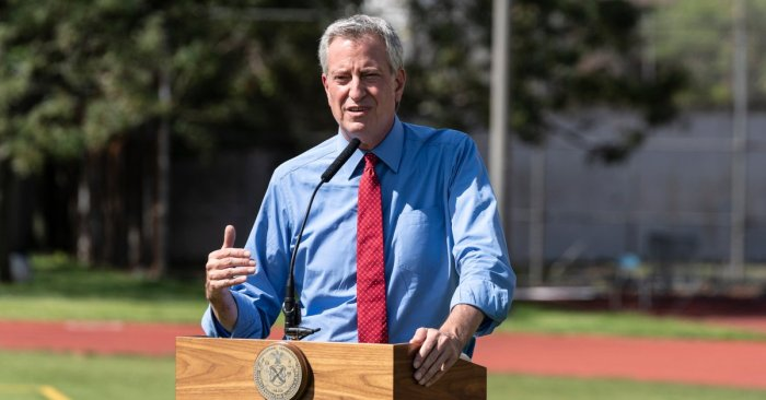 Alarming uptick in NYC's COVID rate prompts de Blasio to launch mask crackdown