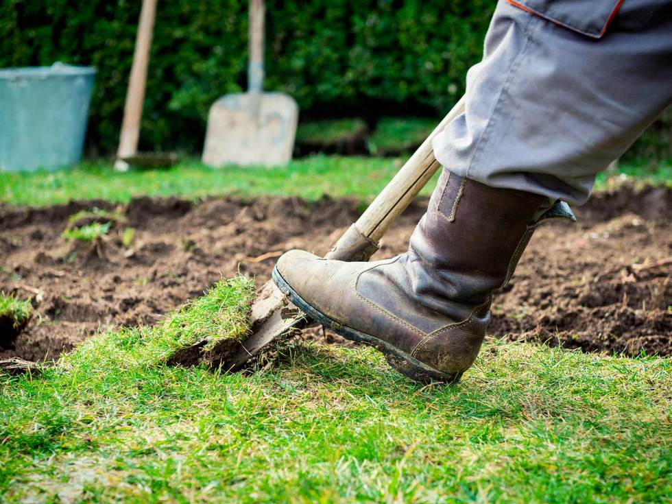 How To Level A Lawn By Hand