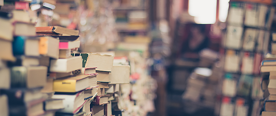 Book Lovers' Favorite Books About Love