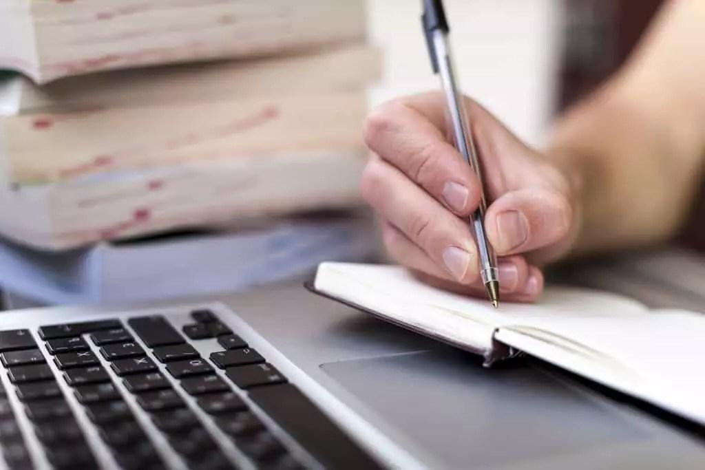 Thực tập nghề viết bài PR