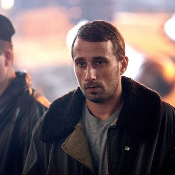 Matthias Schoenaerts in The Command (2019).
