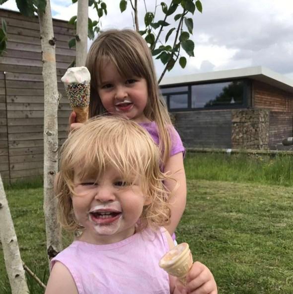 Maisie & Evie