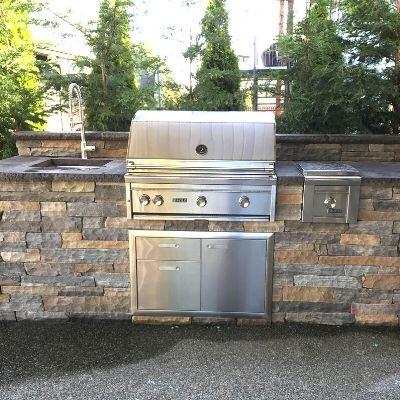 Outdoor Kitchen - Custom Stone